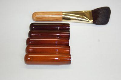 化粧ブラシ木工塗装