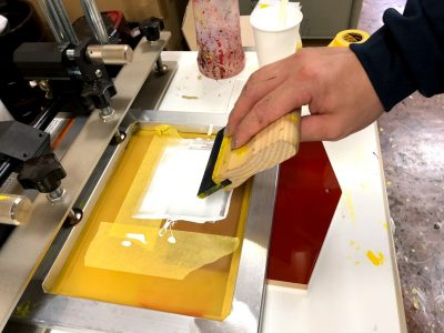 シルク印刷作業